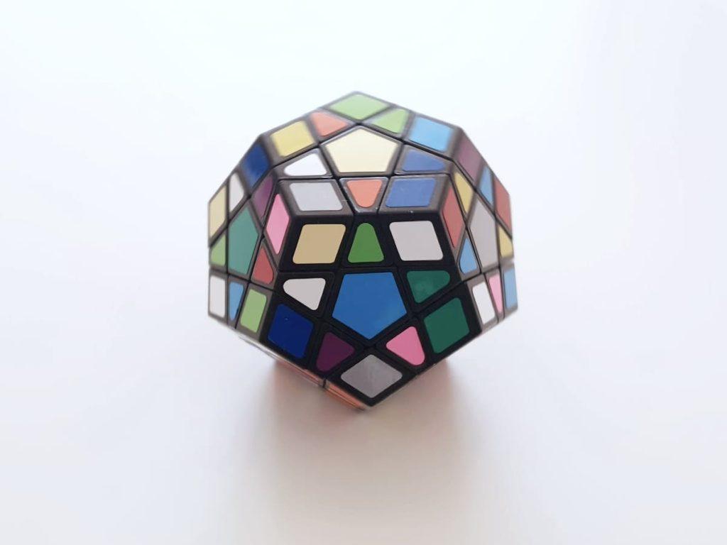 変形立方体キューブ